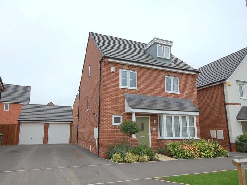 4 Bedrooms Detached House for sale in Higher Croft Drive, Crewe