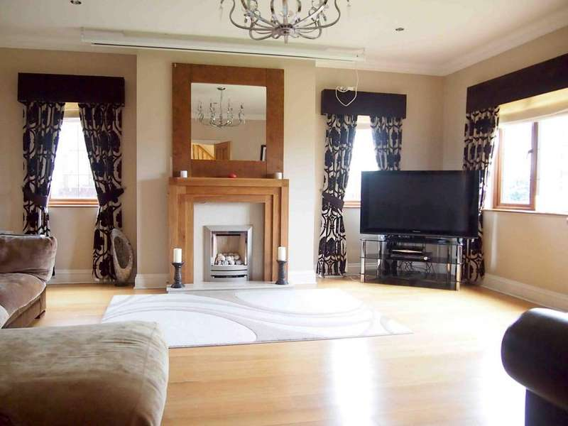 6 Bedrooms Detached House for sale in Plas Y Fforest, Fforest, Swansea, SA4