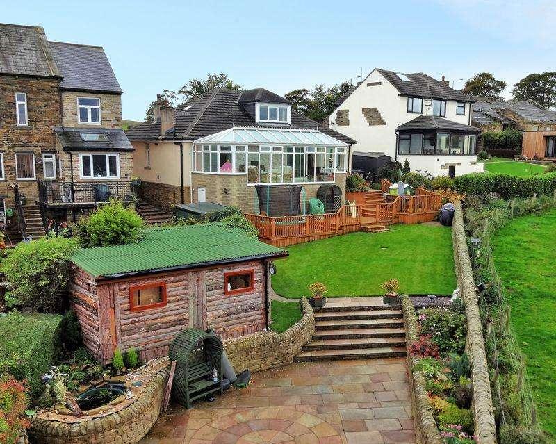 5 Bedrooms Detached House for sale in Wilsden Road, Allerton, BD15 9AD