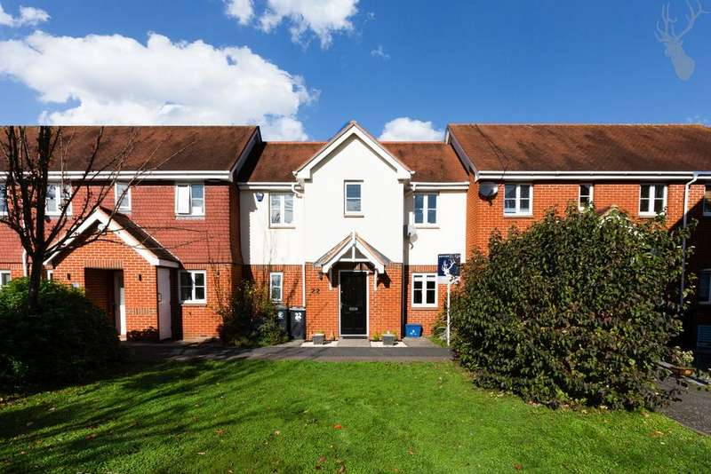 2 Bedrooms House for sale in St Nicholas Place, Loughton, IG10
