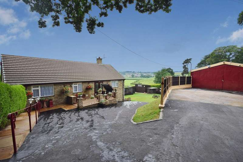 3 Bedrooms Detached Bungalow for sale in Abbey Green Road, Leek, Staffordshire ST13