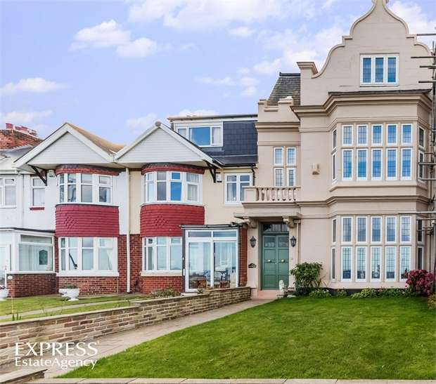 4 Bedrooms Terraced House for sale in The Cliff, Hartlepool, Durham