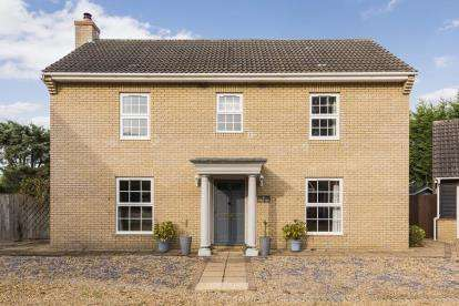 4 Bedrooms Detached House for sale in Little Thetford, Ely