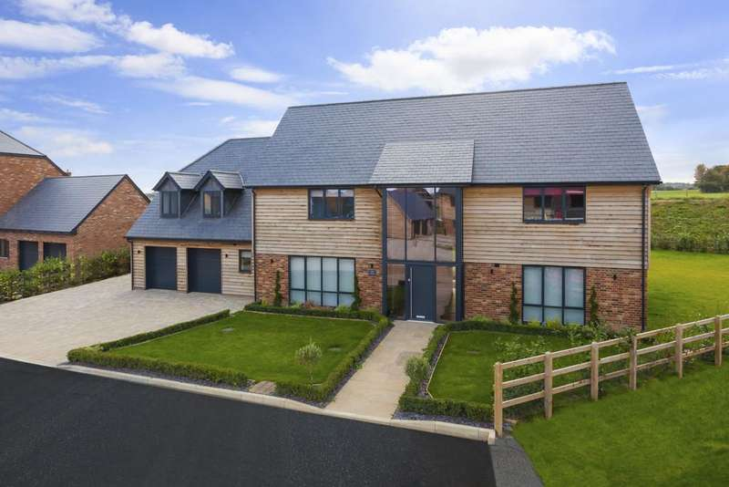 5 Bedrooms Detached House for sale in Kiln Drive, Woodnesborough, Sandwich