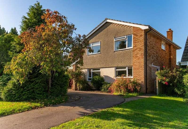 4 Bedrooms Detached House for sale in Station Road, Langford, SG18
