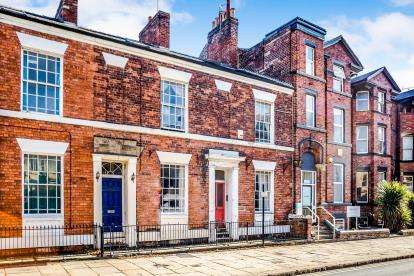 4 Bedrooms Terraced House for sale in Bond Street, Wakefield, West Yorkshire