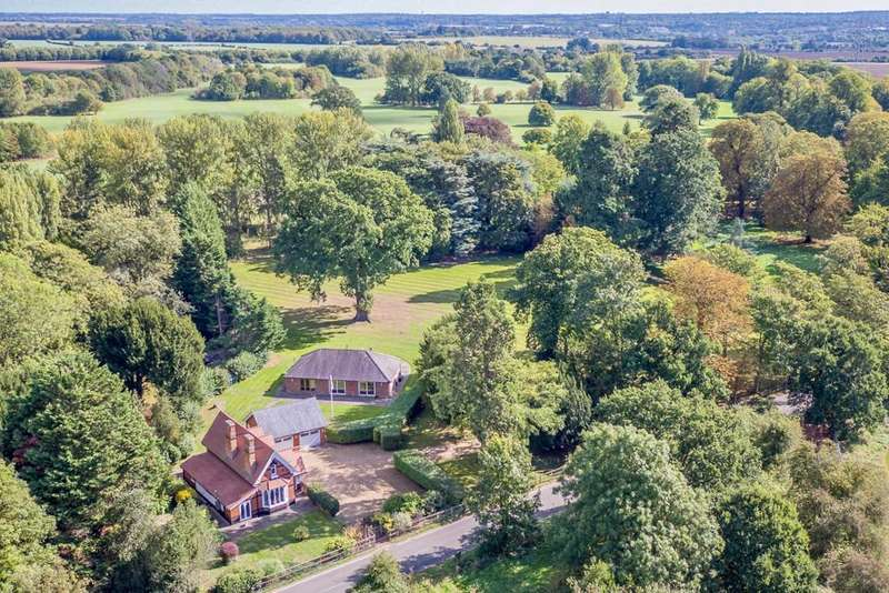 4 Bedrooms Detached House for sale in Church Lane, Hunsdon, Ware, Herts, SG12 8PP