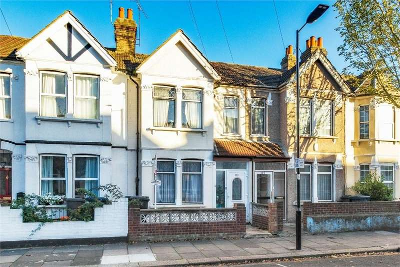 3 Bedrooms Terraced House for sale in Abbotts Road, Southall, Middlesex