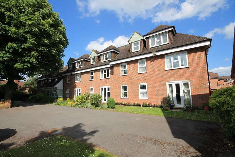 1 Bedroom Retirement Property for sale in The Maltings, Newbury, Berkshire, RG14