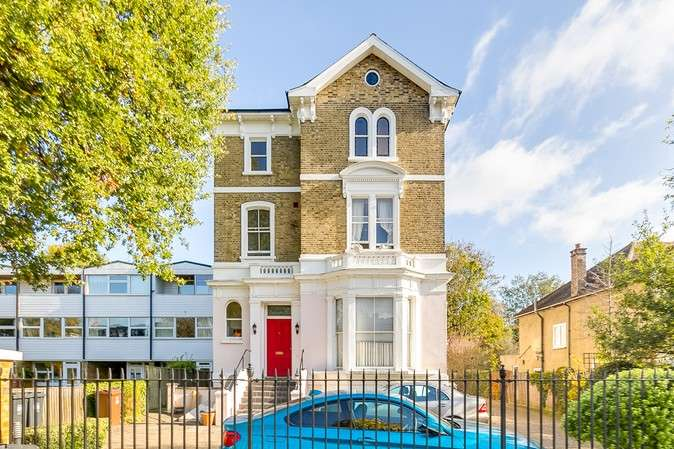 2 Bedrooms Flat for sale in Bolton Road, Chiswick