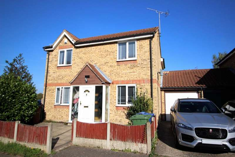 4 Bedrooms Detached House for sale in South Ockendon