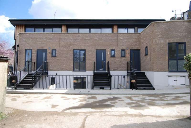3 Bedrooms House for sale in Building C, Blackheath Road, Greenwich, SE10