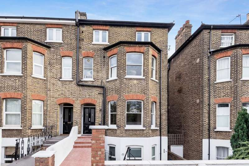 2 Bedrooms Flat for sale in Avenue Park Road, West Norwood
