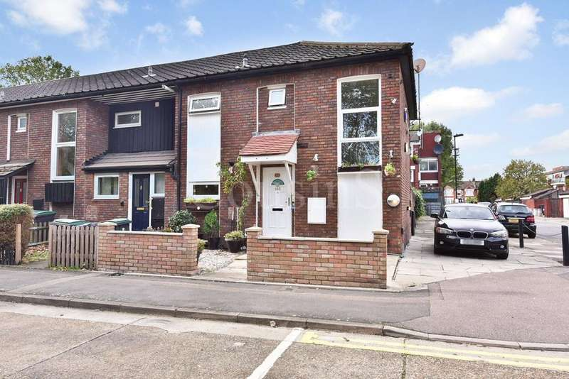 3 Bedrooms End Of Terrace House for sale in Seven Sisters Road, London, N15