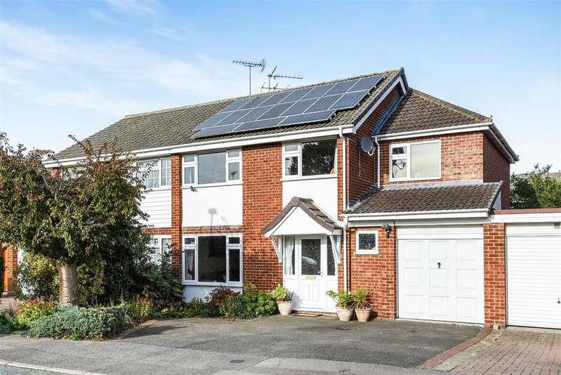 4 Bedrooms Semi Detached House for sale in Woodrow Drive, Wokingham, Berkshire RG40 1RX