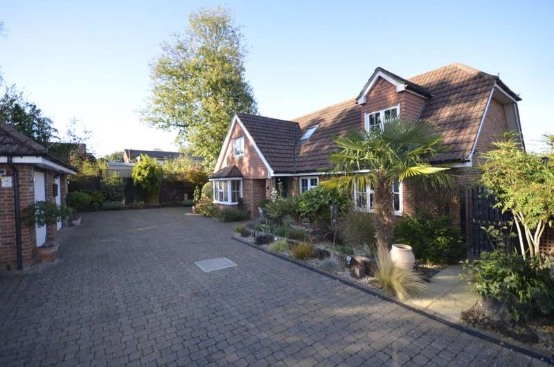 4 Bedrooms Chalet House for sale in West End, Southampton, SO18
