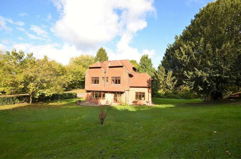 5 Bedrooms Detached House for sale in South Hay, Kingsley, Binsted