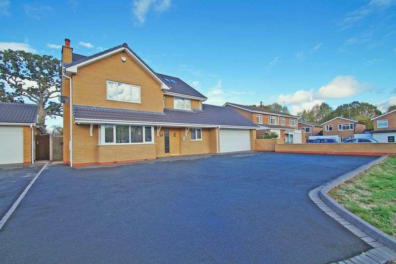 6 Bedrooms Property for sale in Petton Close Winyates, Redditch