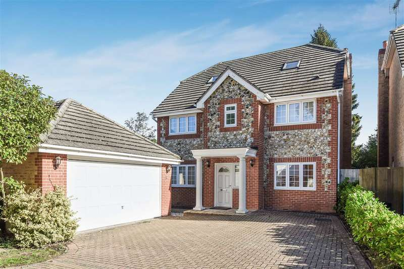 5 Bedrooms Detached House for sale in Queens Ride, The Ridings, Crowthorne