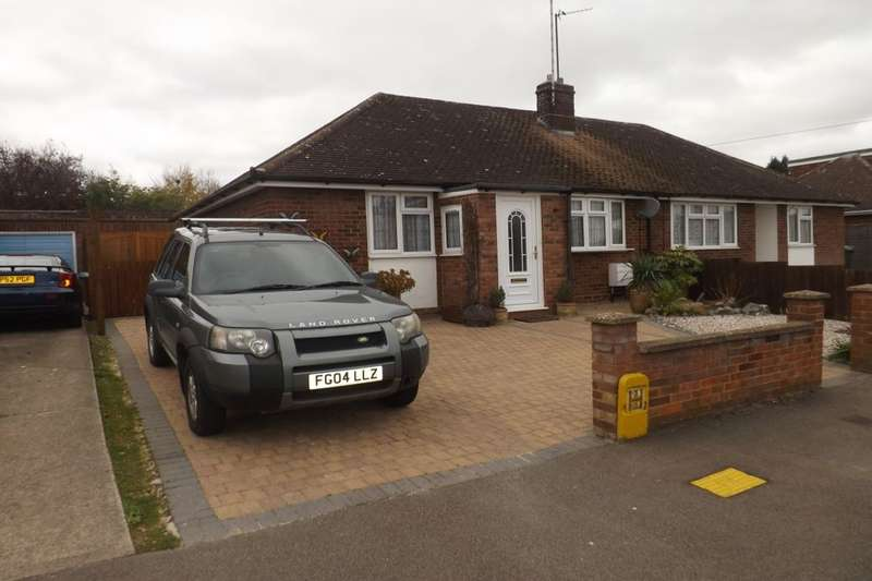 2 Bedrooms Semi Detached Bungalow for sale in Wimple Road, Luton, LU4