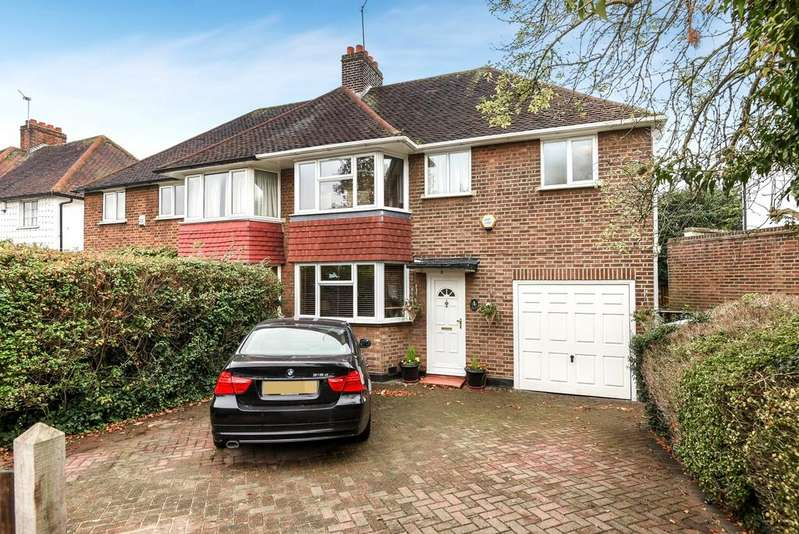 3 Bedrooms Semi Detached House for sale in Auckland Road London SE19