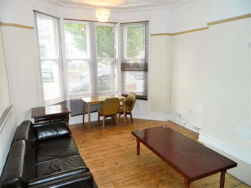 8 Bedrooms House for rent in Shirley Road, Roath, Cardiff