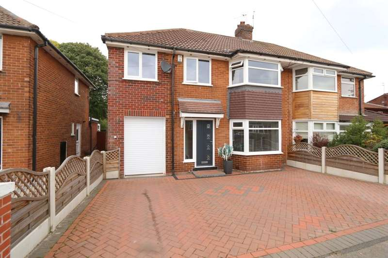 4 Bedrooms Semi Detached House for sale in Thompson Road, Denton, Manchester, M34