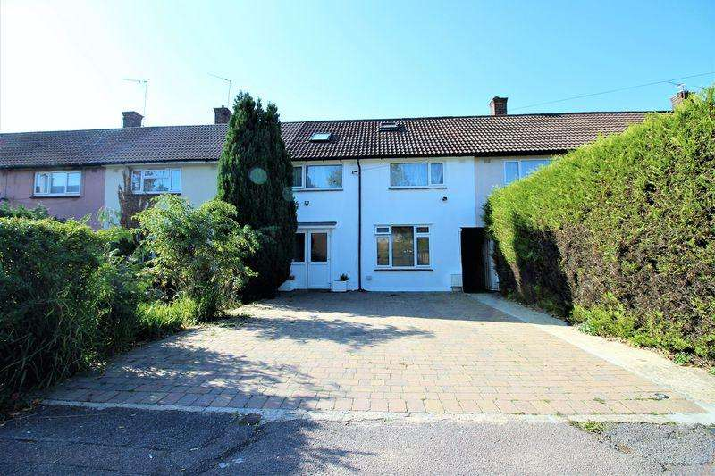 5 Bedrooms Terraced House for sale in Balmoral Drive, Borehamwood, WD6
