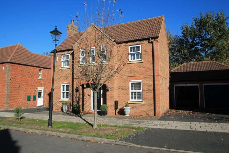 3 Bedrooms Detached House for sale in Prestwold Way, Fairford Leys