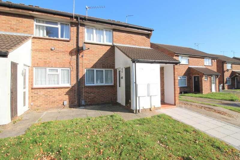 1 Bedroom Maisonette Flat for sale in Enderby Road, Luton, Bedfordshire, LU3 2HQ
