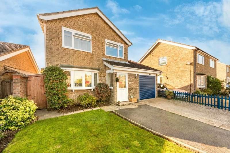 3 Bedrooms Detached House for sale in Russett Avenue, Needingworth, St. Ives