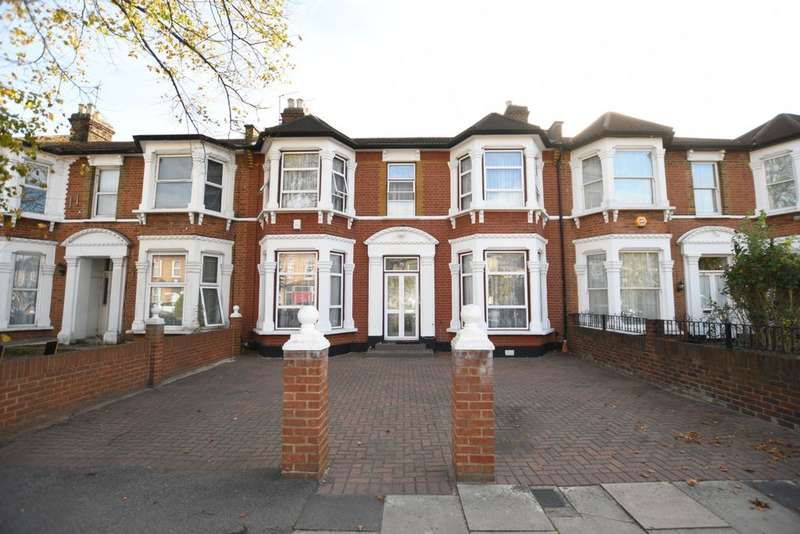 4 Bedrooms House for sale in Norfolk Road, Seven Kings, IG3