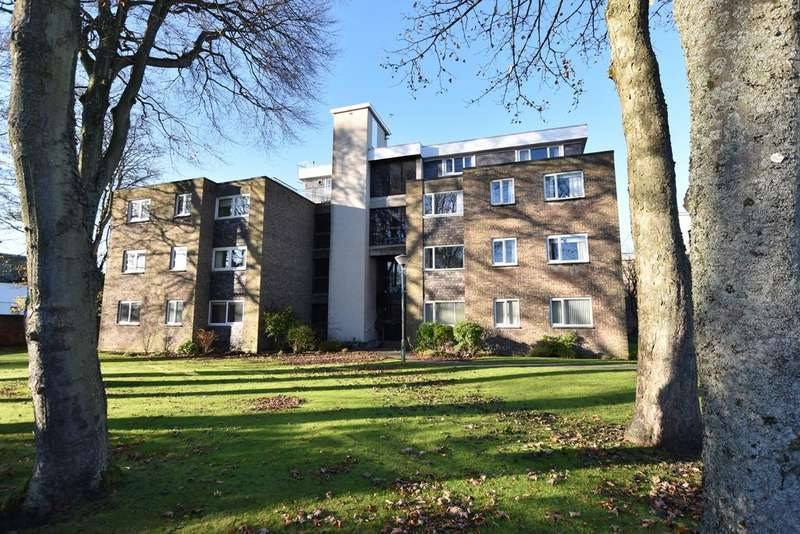 3 Bedrooms Apartment Flat for sale in 9 Savoy Court, Ayr, KA7 2XP