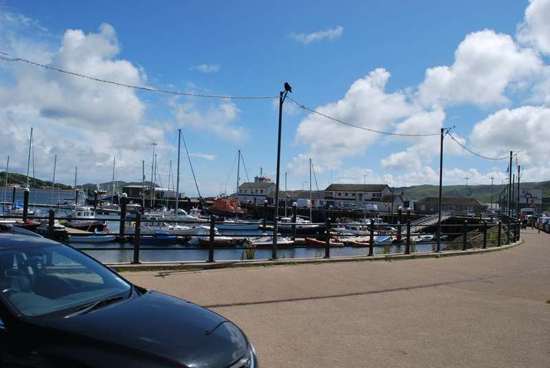 3 Bedrooms Flat for sale in Flat 1, Roy Place, 29 High Street, Campbeltown, PA28 6DS