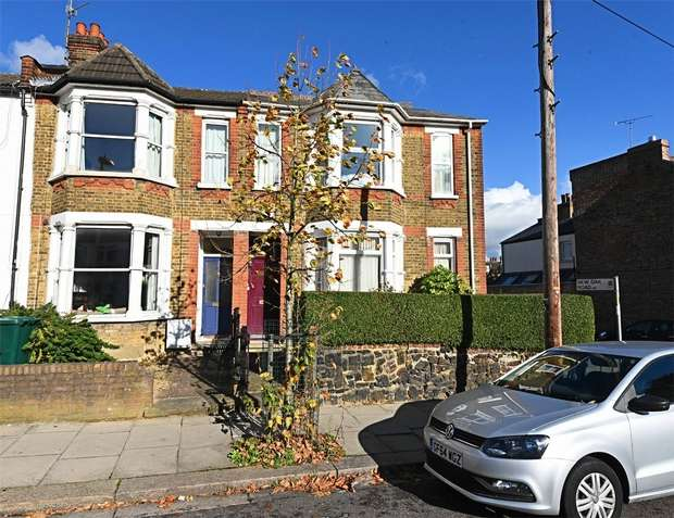 3 Bedrooms End Of Terrace House for sale in Long Lane, East Finchley, N2