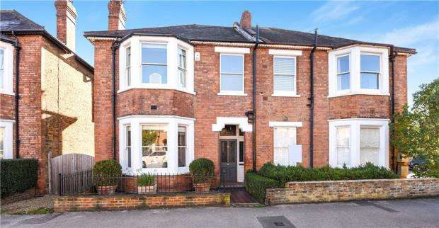 4 Bedrooms Semi Detached House for sale in Frances Road, Windsor, Berkshire