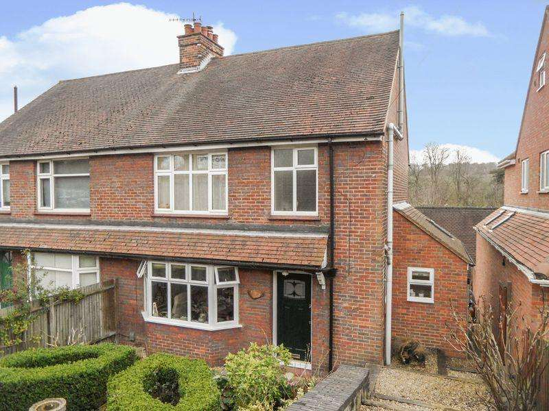 4 Bedrooms Semi Detached House for sale in West Wycombe Road, High Wycombe - four bedroom semi detached house in good order throughout