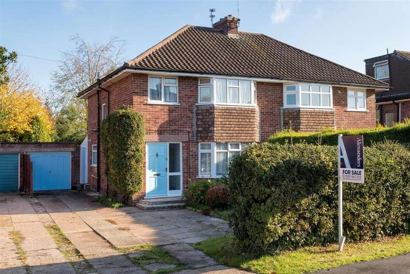 3 Bedrooms Semi Detached House for sale in Valley Road, Loughborough