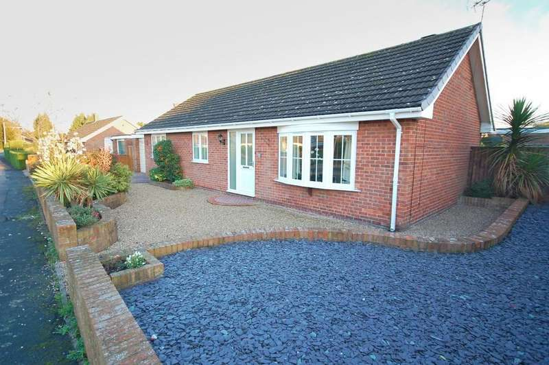 3 Bedrooms Detached Bungalow for sale in 3 Albany Road, Louth, LN11 8ET