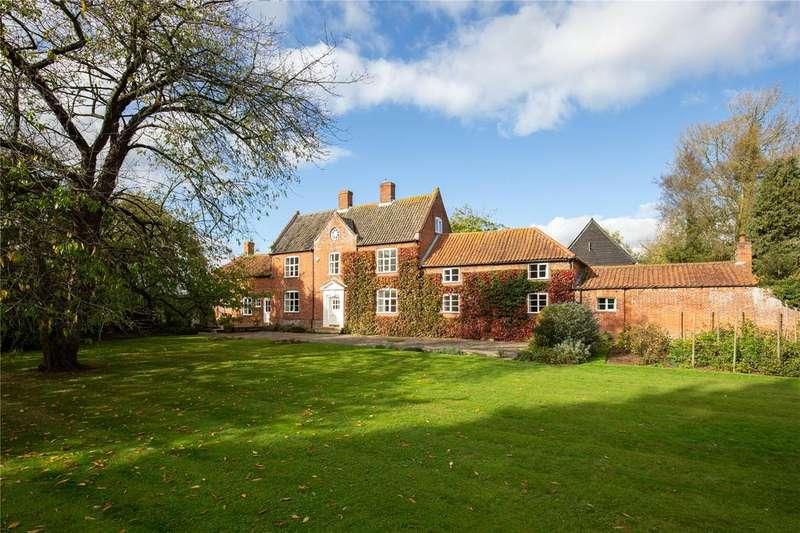7 Bedrooms Detached House for sale in Nicholls Corner, Alpington, Norfolk, NR14