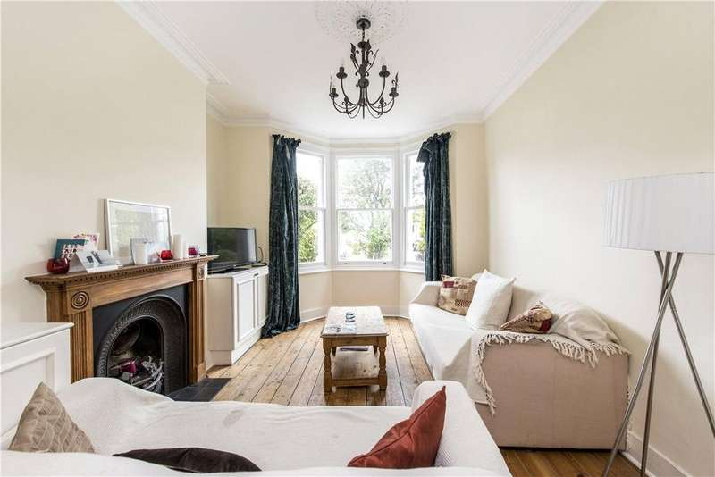 3 Bedrooms Terraced House for sale in Burntwood Lane, London, SW17