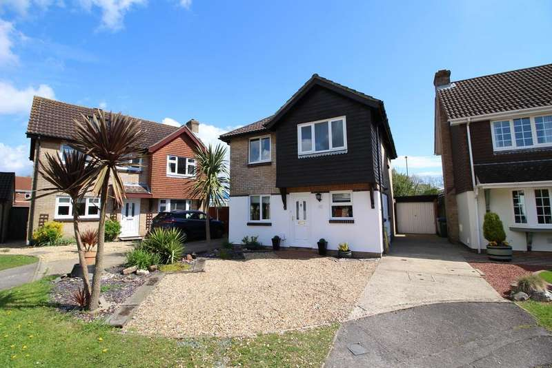 4 Bedrooms Detached House for sale in Font Close, Titchfield Common, Fareham