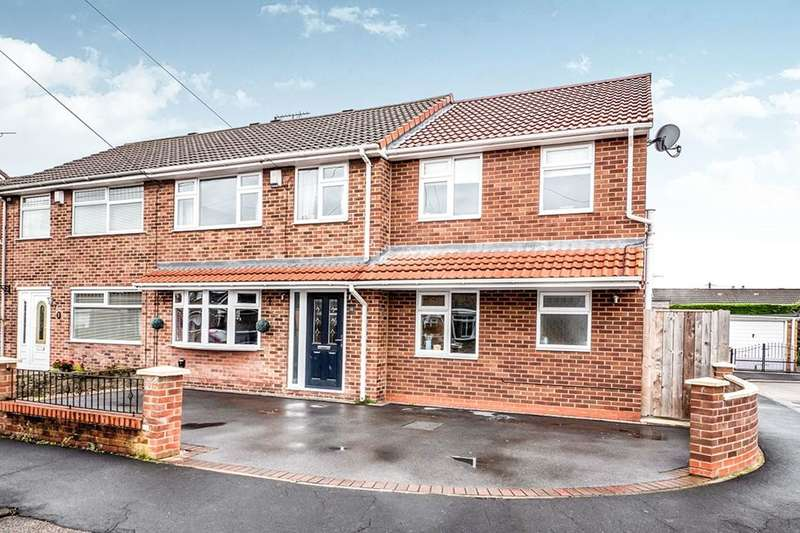 4 Bedrooms Semi Detached House for sale in Moor Green, Hull, HU4