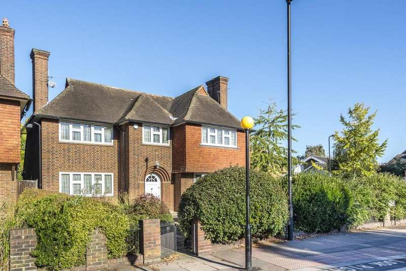 5 Bedrooms Detached House for sale in Bedford Hill, Streatham