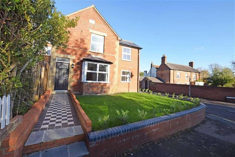 4 Bedrooms Detached House for sale in High Street, Codicote, Herts, SG4