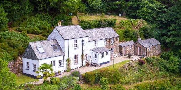 2 Bedrooms Detached House for sale in Tavistock, Devon