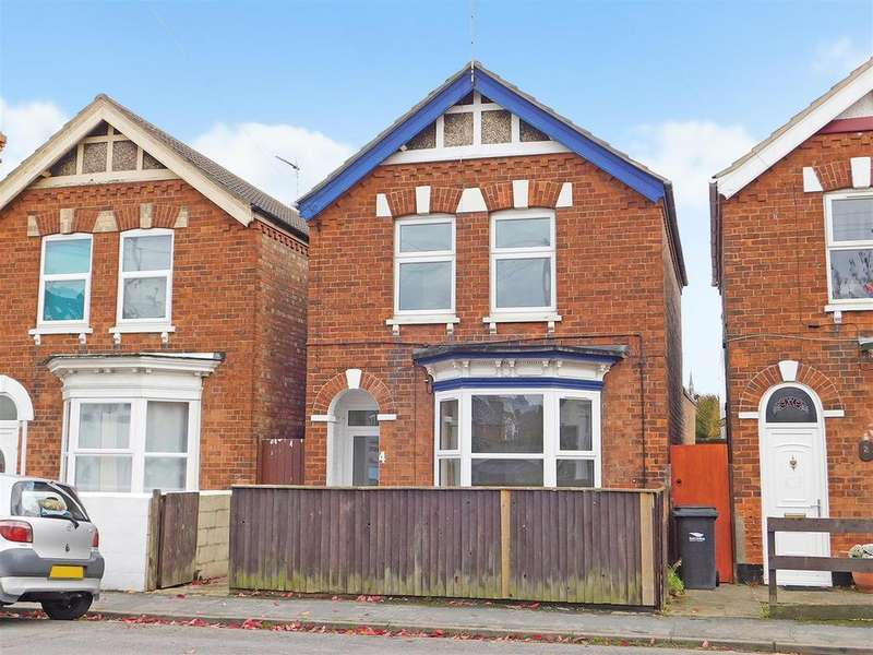 3 Bedrooms Detached House for sale in Cavendish Road, Skegness, PE25 2QU