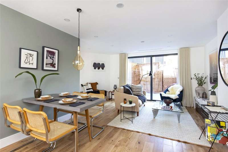 4 Bedrooms Semi Detached House for sale in Bartholomew Street, The Borough, SE1