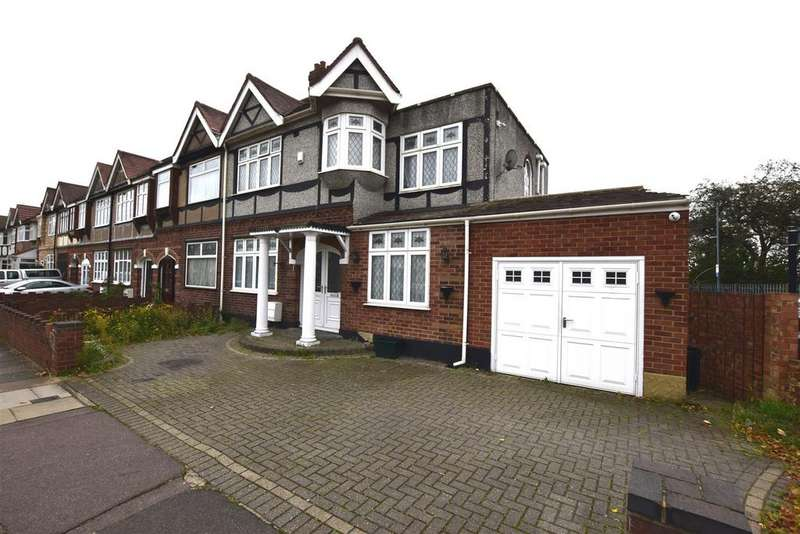 5 Bedrooms End Of Terrace House for sale in Huxley Drive, Chadwell Heath, Romford
