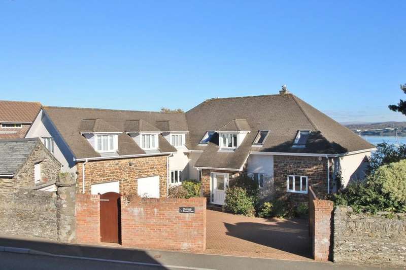 5 Bedrooms Detached House for sale in Brunel View, Old Ferry Road, Saltash